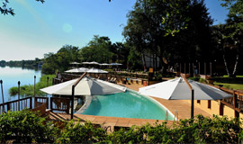 David Livingstone Swimming pool next to the Zambezi River