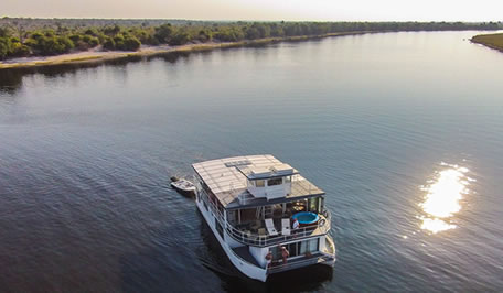 Victoria falls and Chobe Houseboat Combination