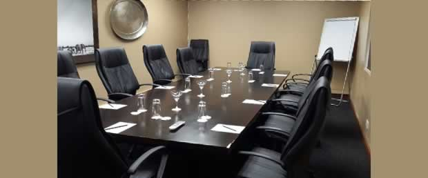 Breakaway room for management meetings or brainstorming
